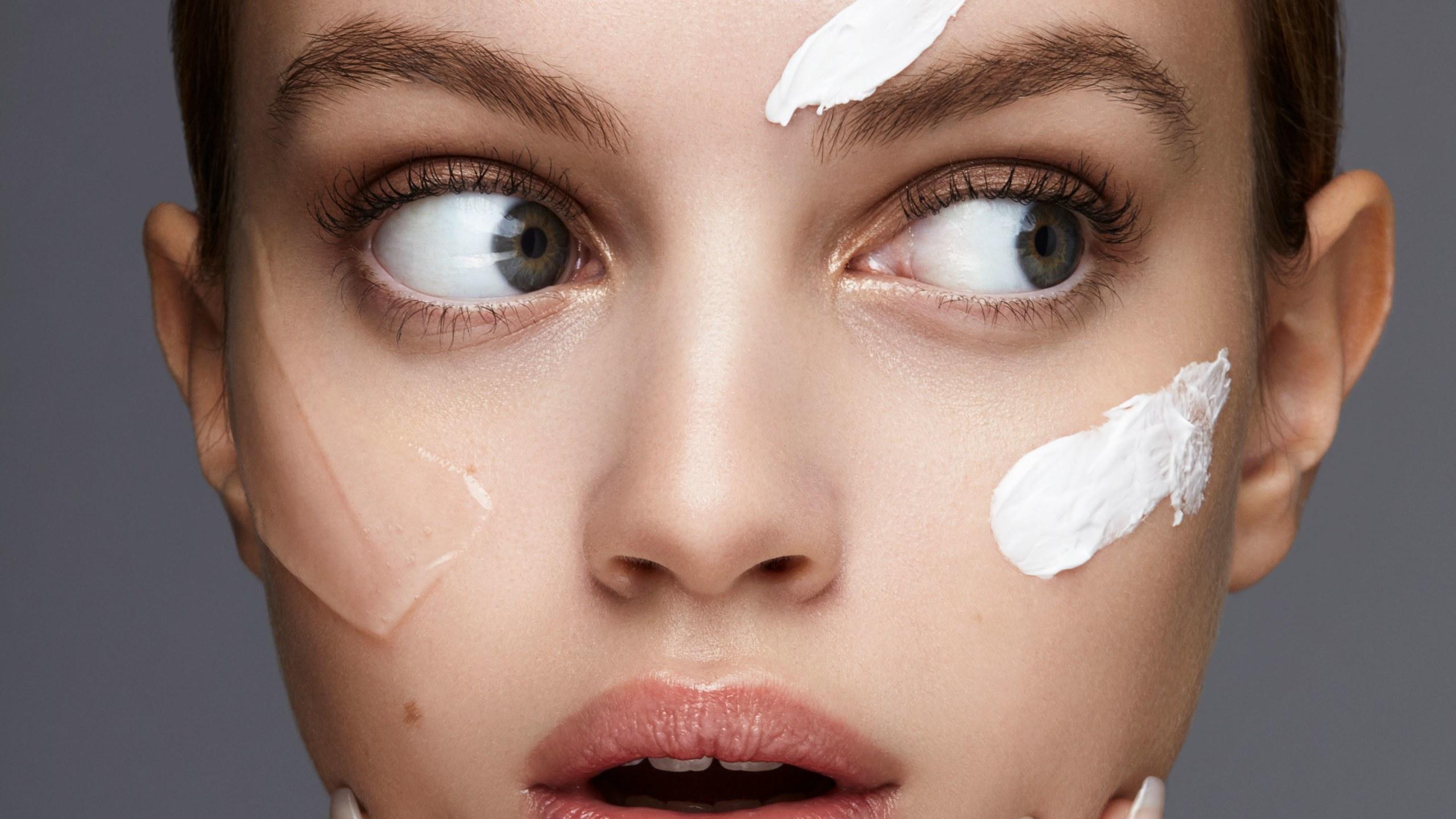 فواید و تاثیر پرایمر در تمیز بودن آرایش در فروشگاه آرایشی عطرونک