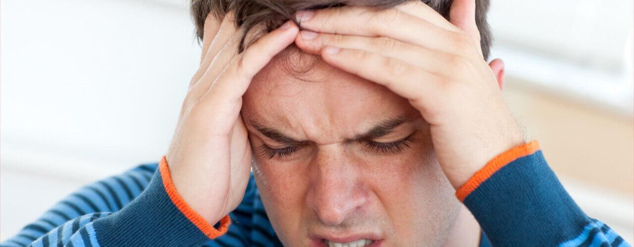 برسی علت و علائم آلرژی و حساسیت نسبت به عطر